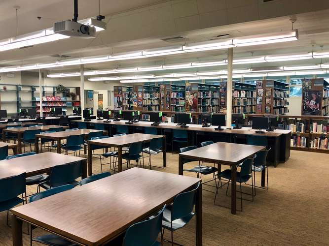 hhs93033_Library_1