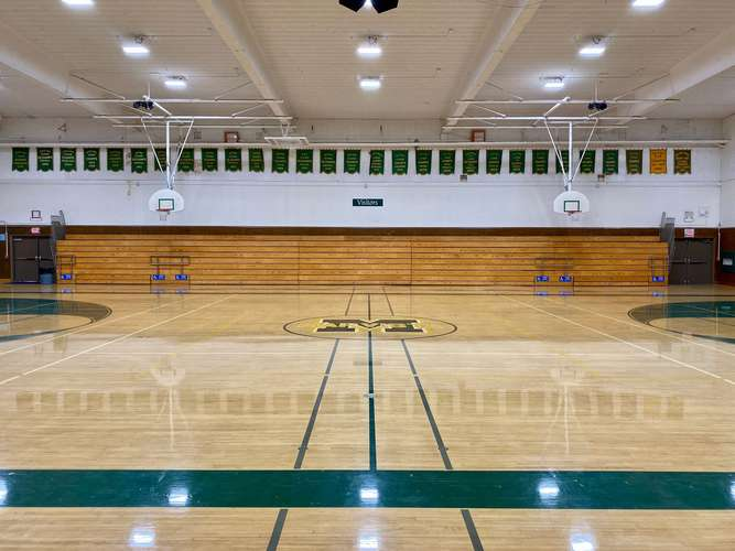 mvhs91932_Gym - Old_1