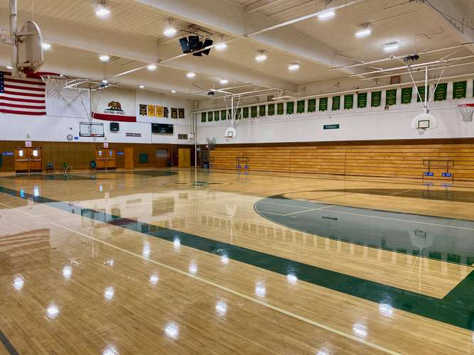 mvhs91932_Gym - Old_2