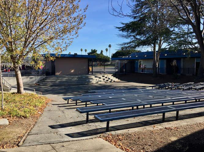 aes94538_Amphitheater_1