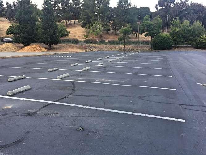 vhs94566_outdoor_parkinglot_1.1
