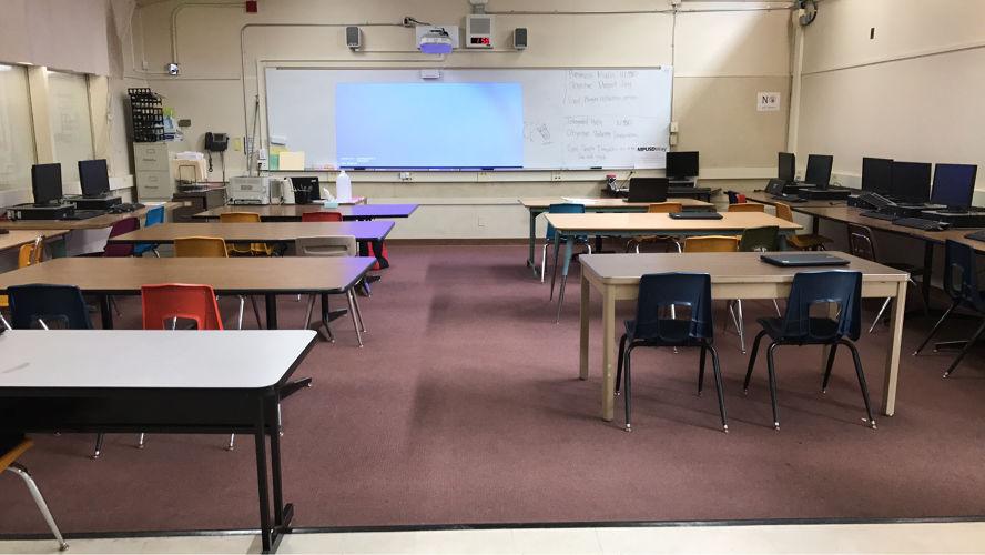 cchs95037_classroom_2