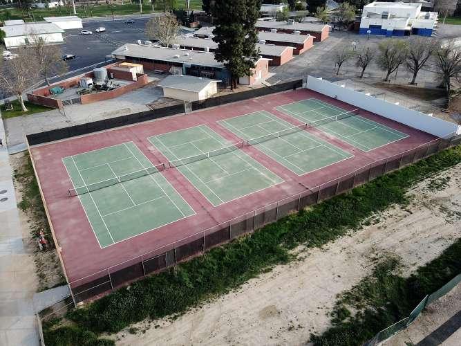pjhs91321_outdoor_tennisCourts_1.1