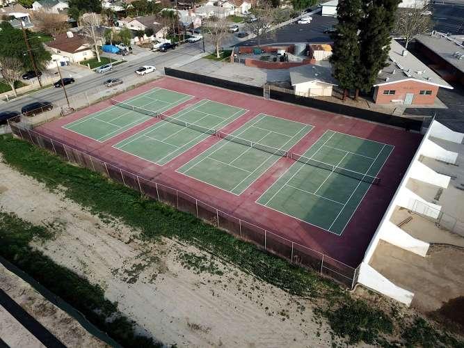 pjhs91321_outdoor_tennisCourts_1.2