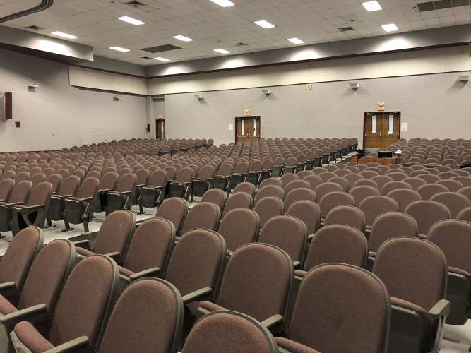 dhs70047_theater_auditorium1.2
