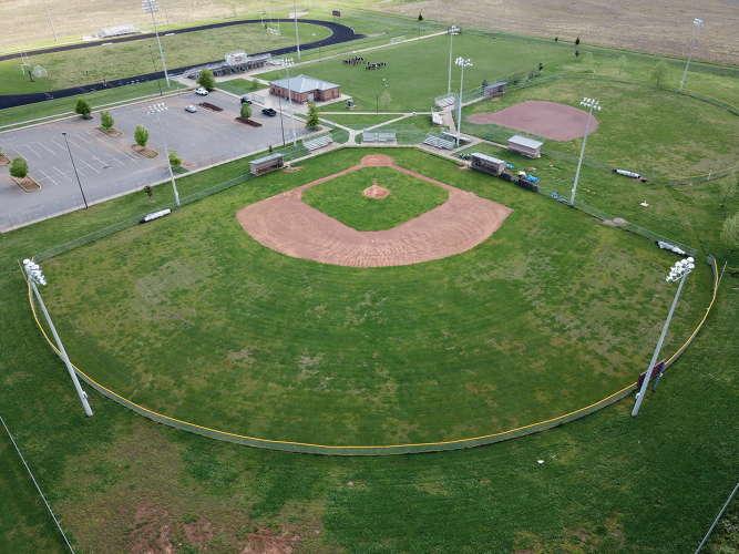 cus38451_field_baseball_varsity_1.1