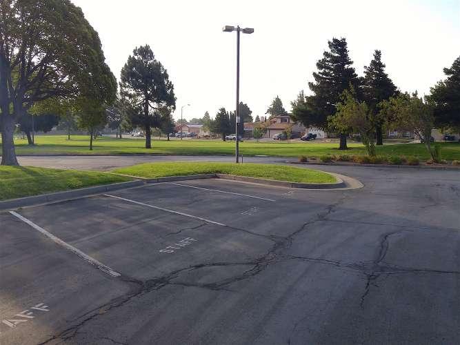 oaa94534_outdoor_parking_1.1