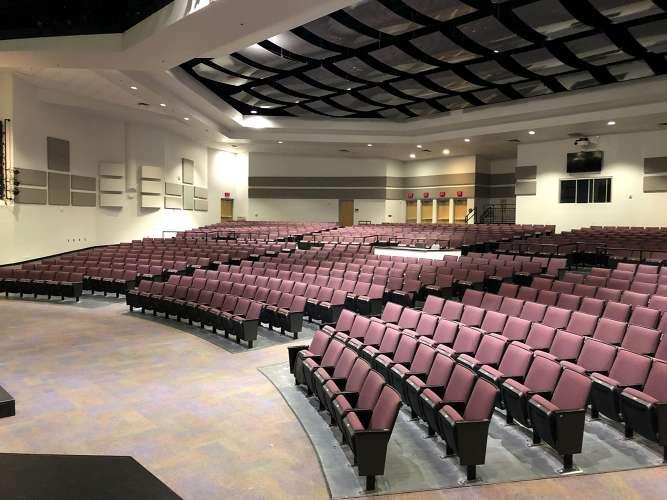 lmhs32746_theater_auditorium_1.4