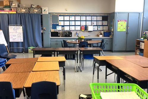 fes95205_classroom_3