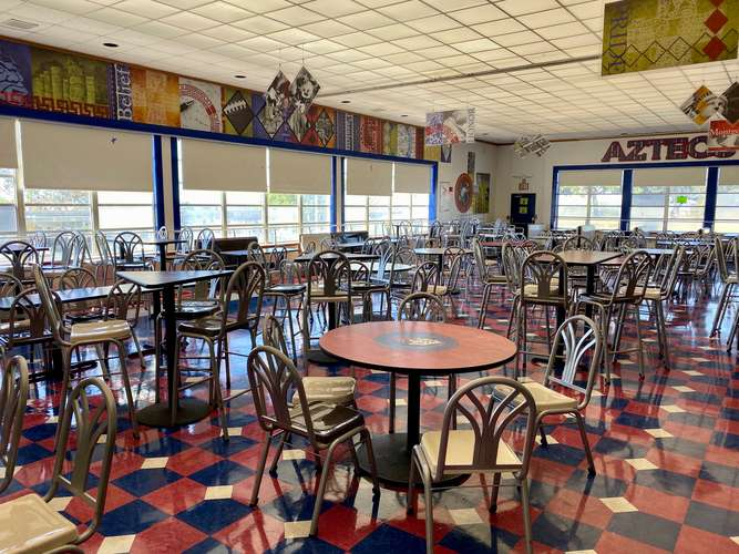 mhs92154_Cafeteria_2