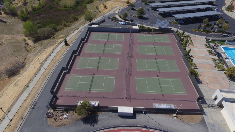 whs95765_TennisCover