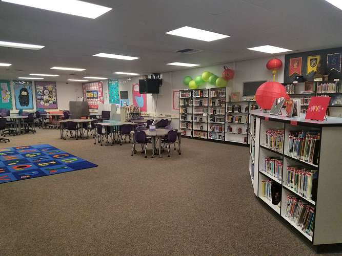 bes95035_Library_1