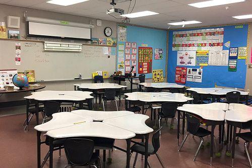 edes95204_pya_classroom_1