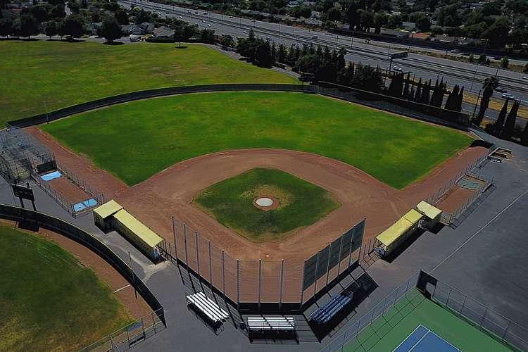 ghs95136_field_baseball1.1