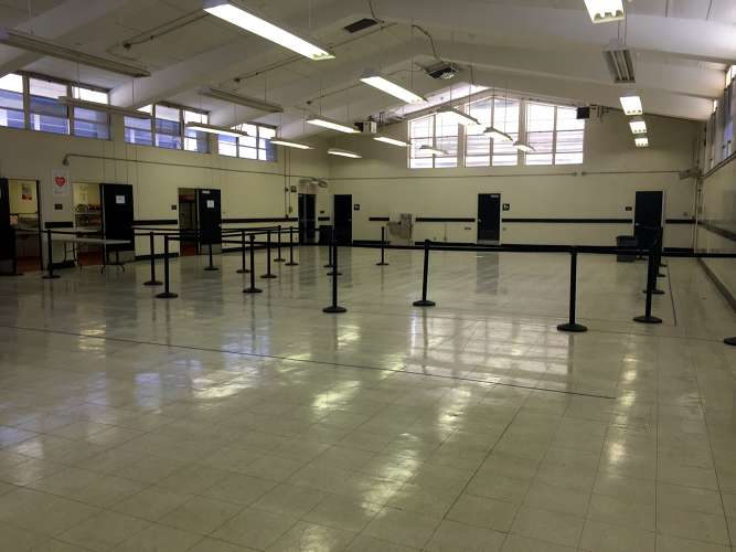 shhs92833_Cafeteria_2