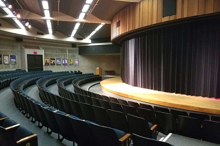ghs95136_theater_theater1.1
