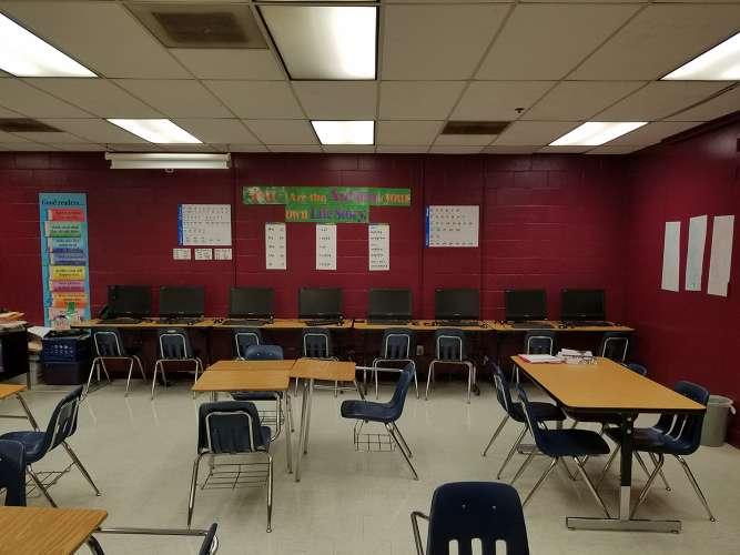 crah38128_Classroom Standard_3