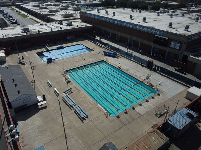 fvhs92708_outdoor_pool_1.2