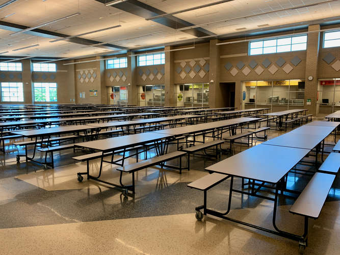 lrhs76063_Cafeteria_1