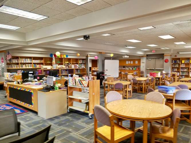 ces73069_Library_2