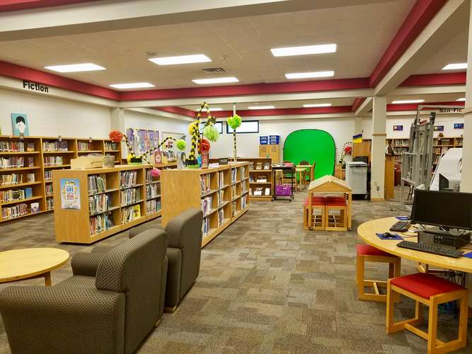 lve73026_Library_2