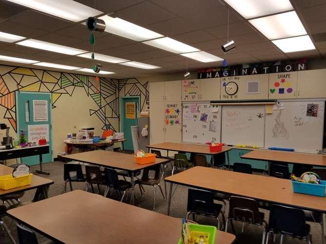 ccs93021_Classroom Standard_2