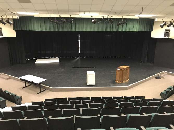lshs30122_theater_theater_1.3