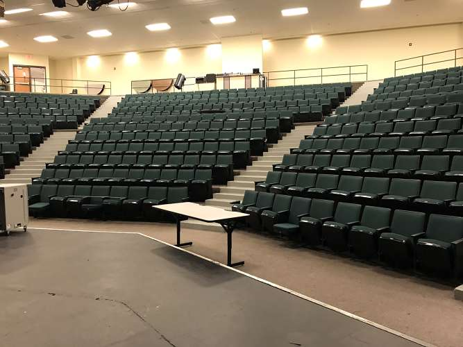lshs30122_theater_theater_1.5