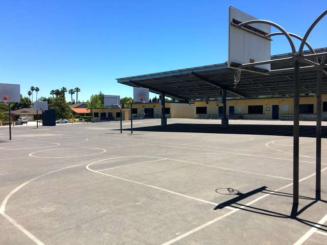 la95120_outdoor_blacktop_basketballcourts_1.1