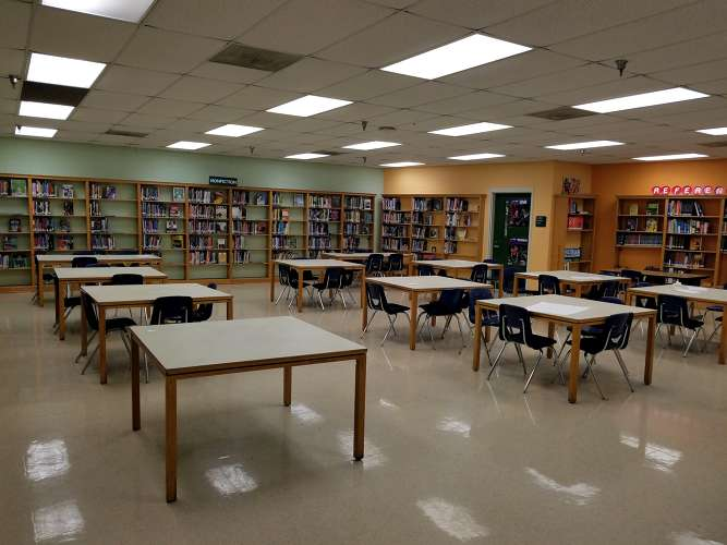 btwh38126_Library_1