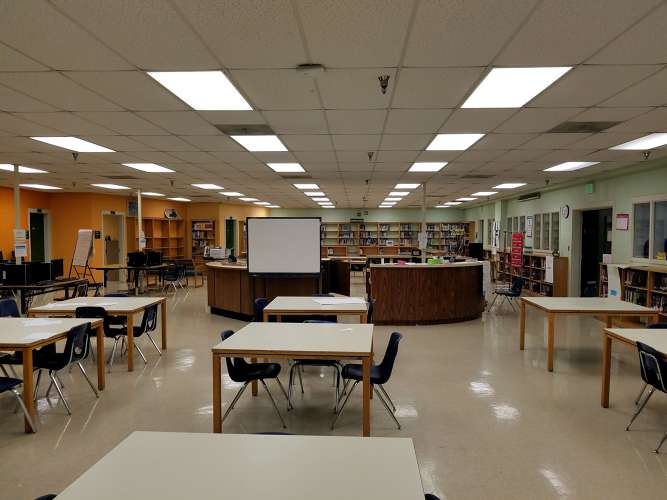 btwh38126_Library_3
