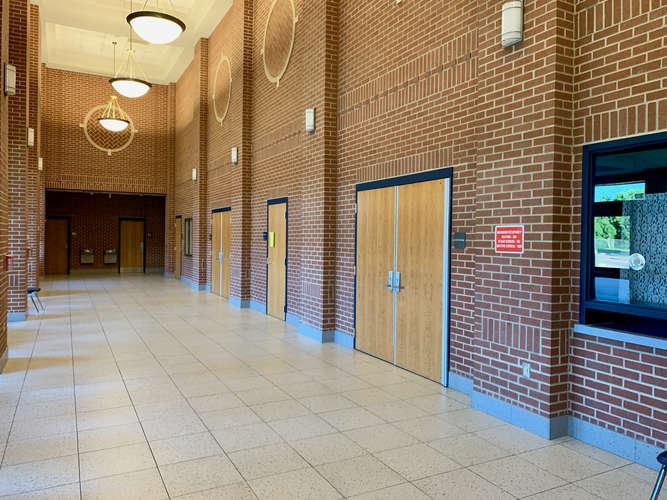 shs76001_Performing Arts Center_2