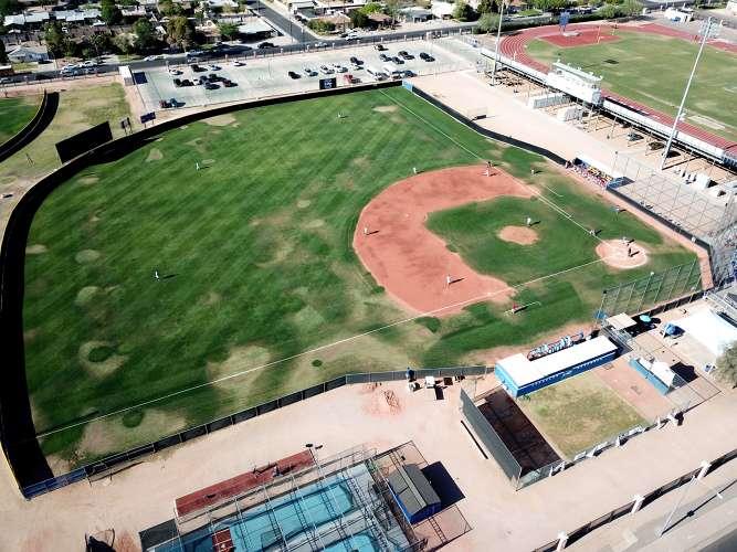 chs85225_field_baseballVarsity_1.1
