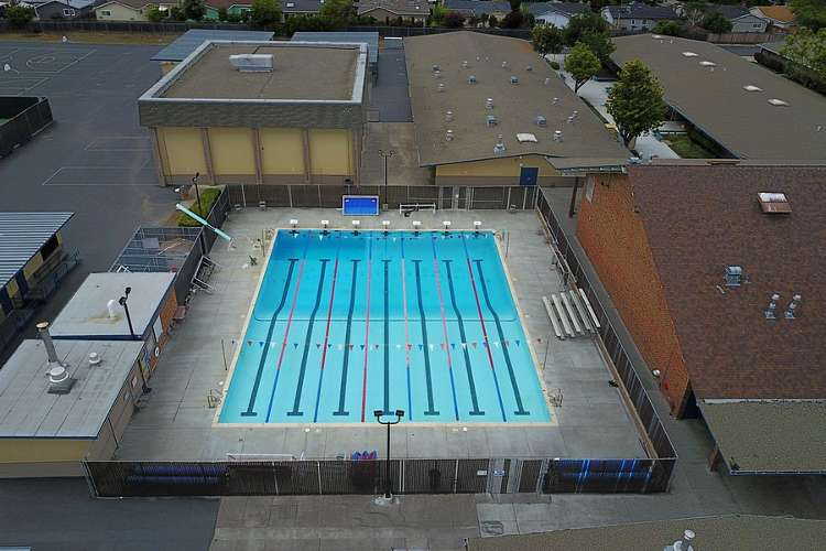 phs95118_outdoor_pool1.2