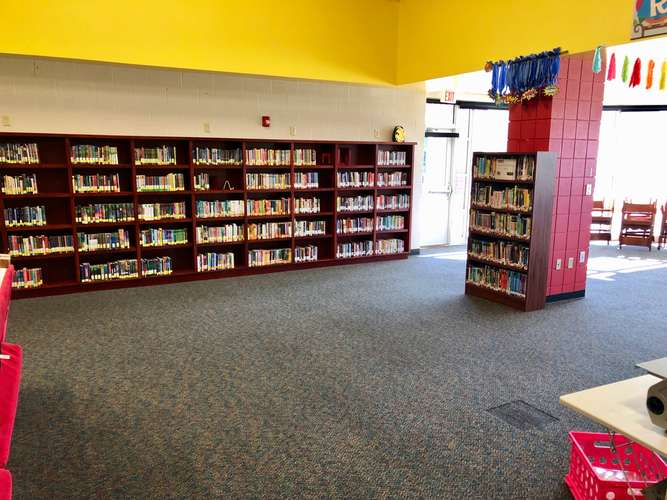saes72764_Library_1