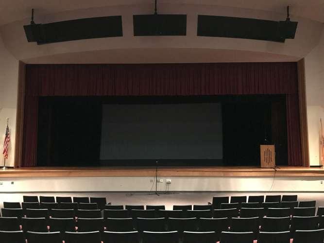 sbhs08852_theater_auditorium1.7