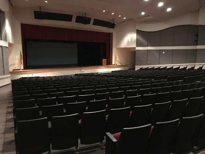 sbhs08852_theater_auditorium1.8