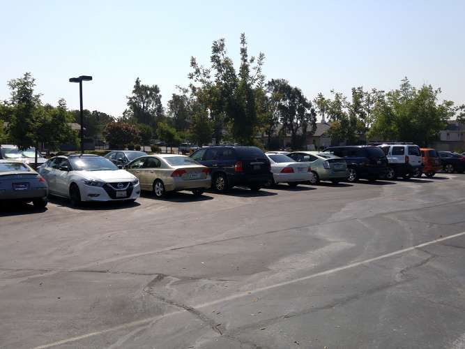 dwpa94533_outdoor_parkinglot_1.1