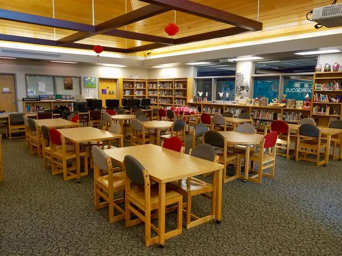 ams73069_Library_1