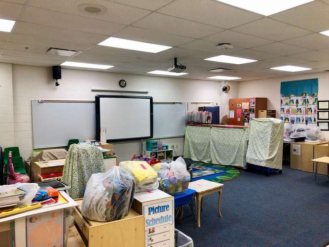 yes72762_Classroom Standard_1