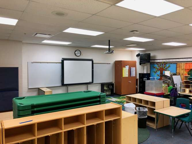 yes72762_Classroom Standard_2