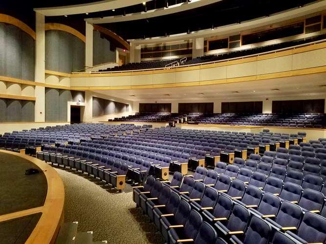 nopac73069_Main Theater_5