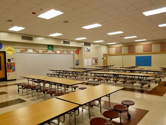ees73071_Cafeteria_1