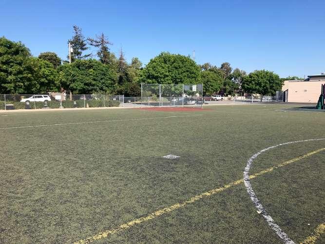 ge95112_field_field-soccer_1.4