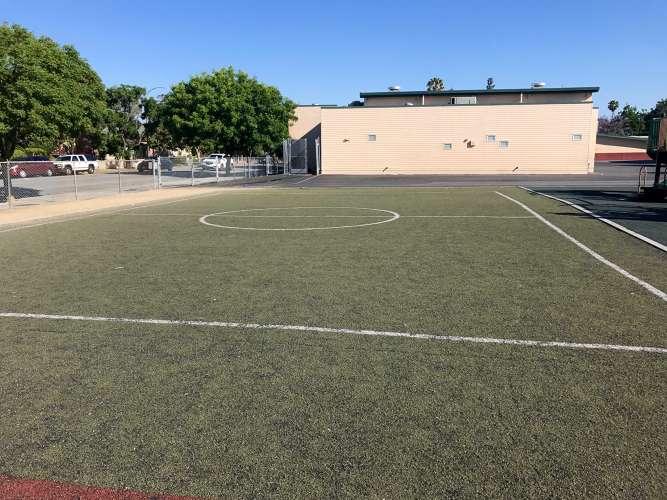 ge95112_field_field-soccer_1.5