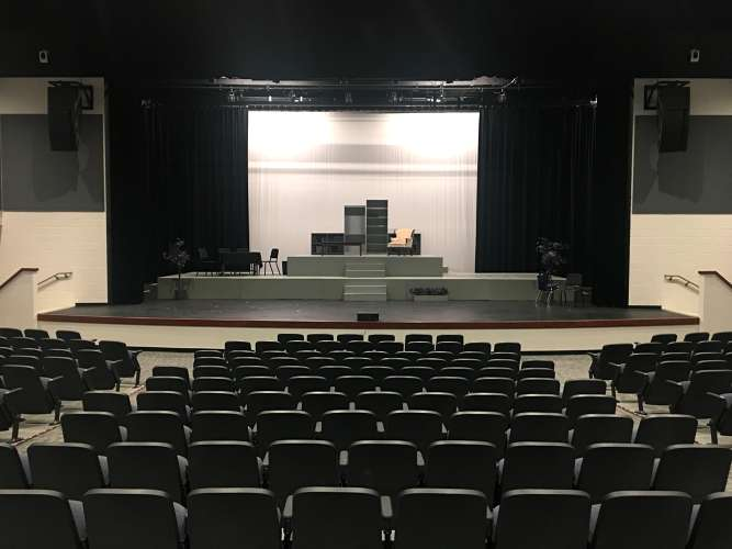 chs85142_theater_theater_1.5
