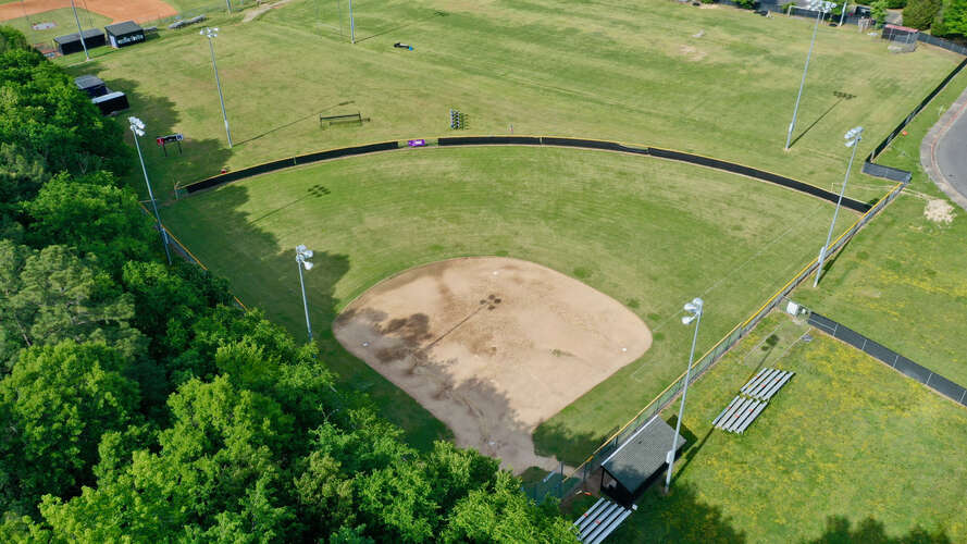 rhs27712_Field - Softball_1