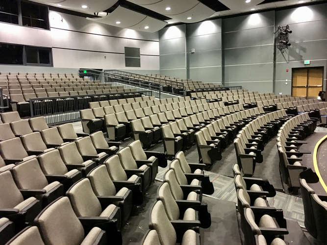 whs29016_Theater_2