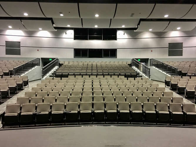 whs29016_Theater_3
