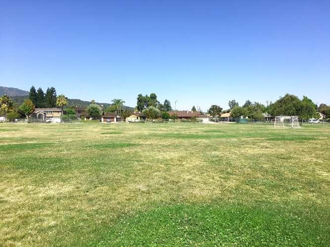 se95120_field_practice_soccer_1.1